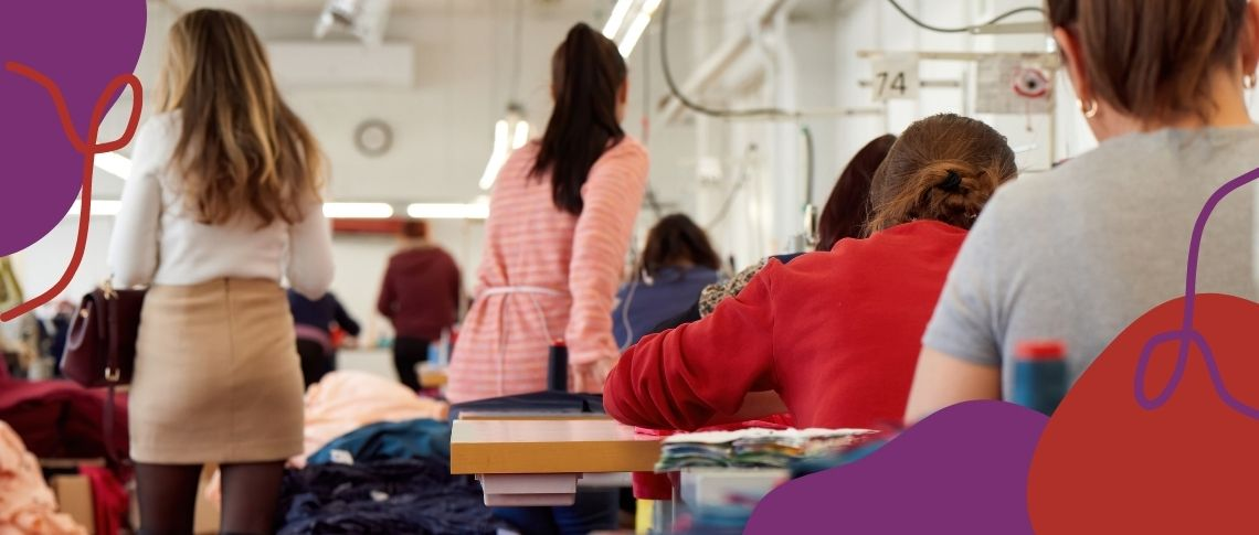 Mulheres em uma fábrica têxtil